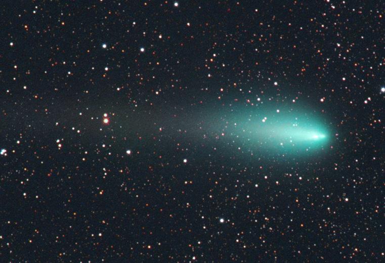 Зеленая комета Атлас отказывается умирать