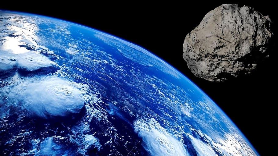 20-метровый астероид пролетел вплотную сЗемлей