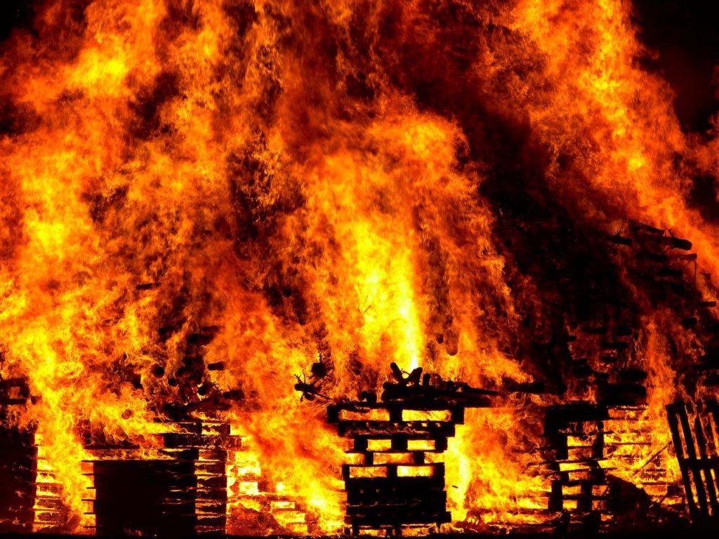 Настанции «Мирный» вАнтарктиде произошло мгновенное возгорание