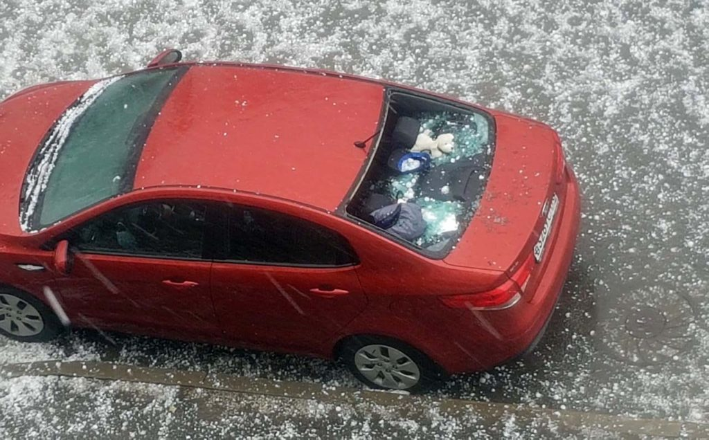ВПетербурге прошел градовый шторм ислучился потоп наулицах