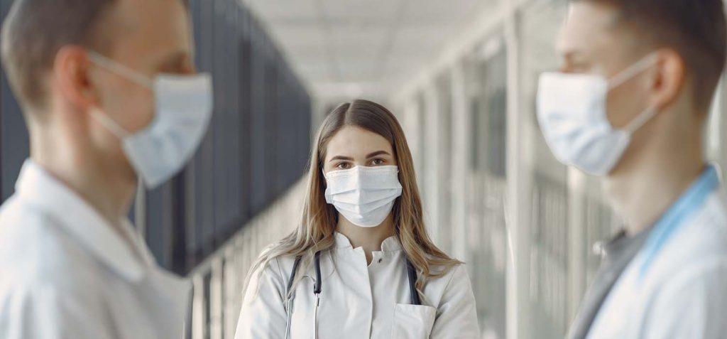 Ученые назвали лучшие материалы для самодельных масок