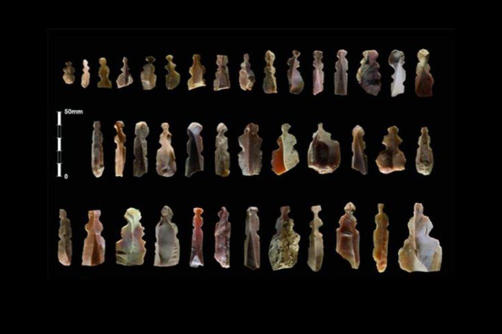 Взахоронениях возрастом 10 тысяч лет найдены загадочные кремниевые статуэтки