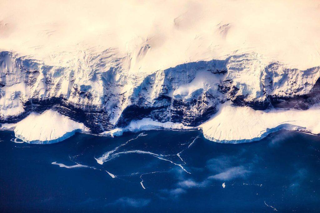 Обнаружена самая быстро тающая точка Антарктиды