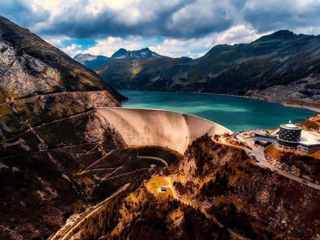 Строительство плотин в20 веке компенсировало подъем уровня моря