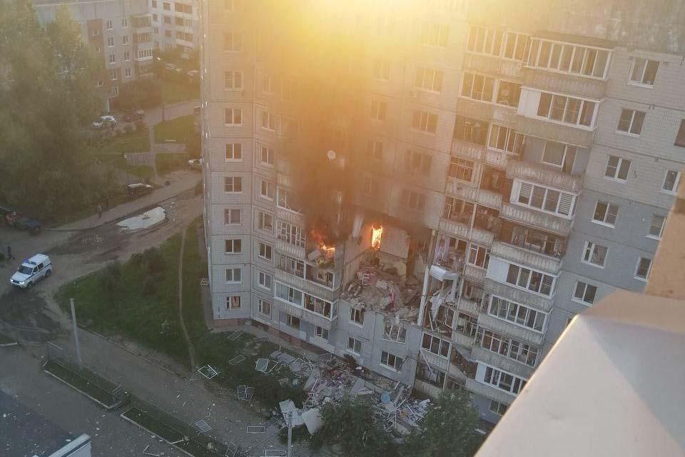ВЯрославле после взрыва газа вжилом доме обрушились 5 этажей