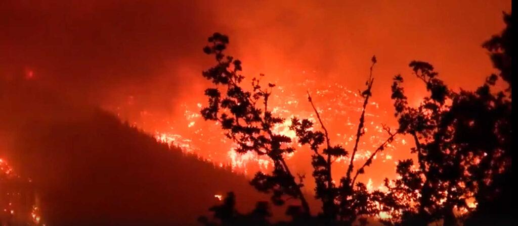 Дым отогромных лесных пожаров вСША пересек континент