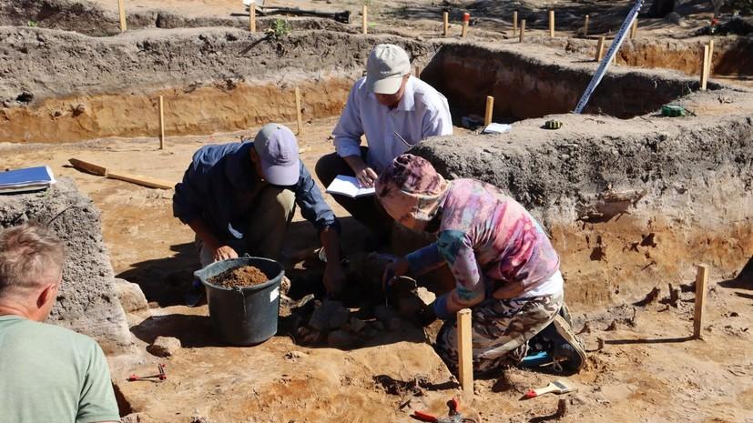 Наберегах Ладоги исследовали стоянки каменного века