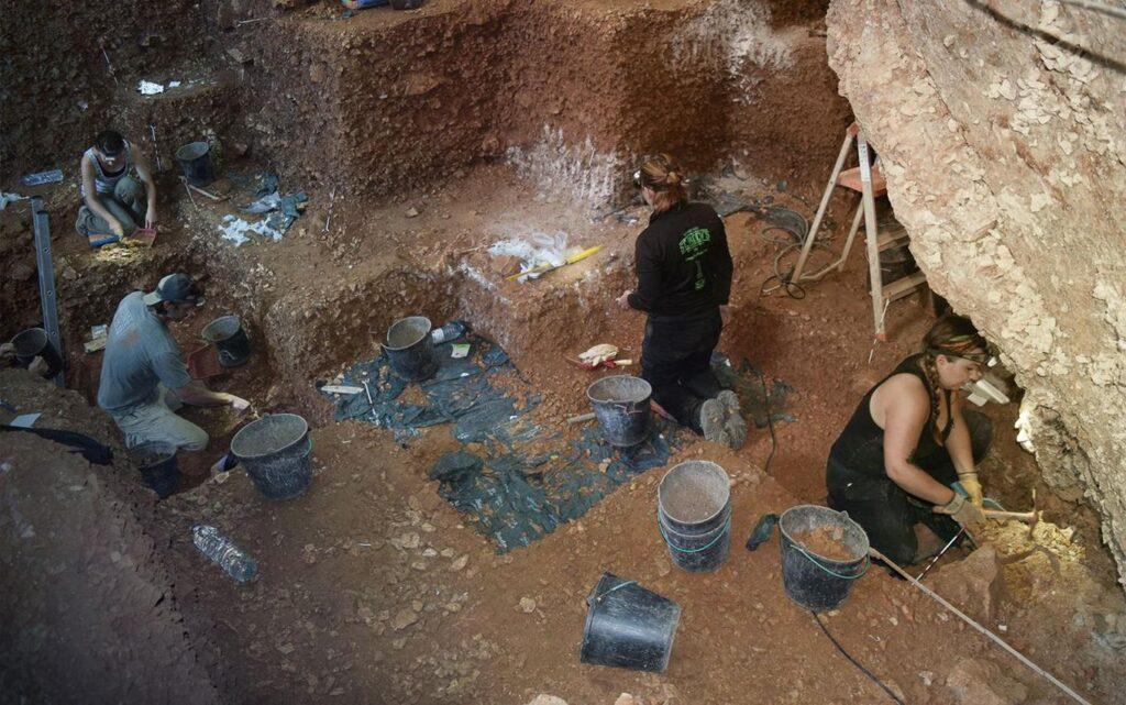 ВПортугалии обнаружили самые ранние следы кроманьонцев взападной Европе