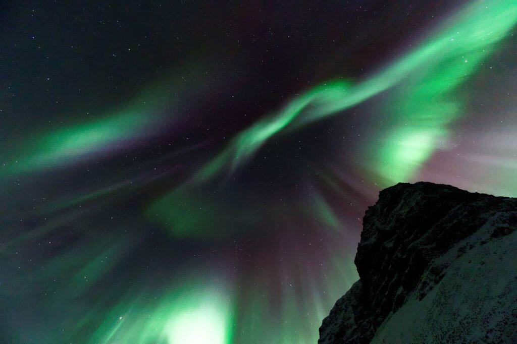 Озоновая дыра над Антарктидой увеличилась дорекордных размеров ипродолжает расширятся