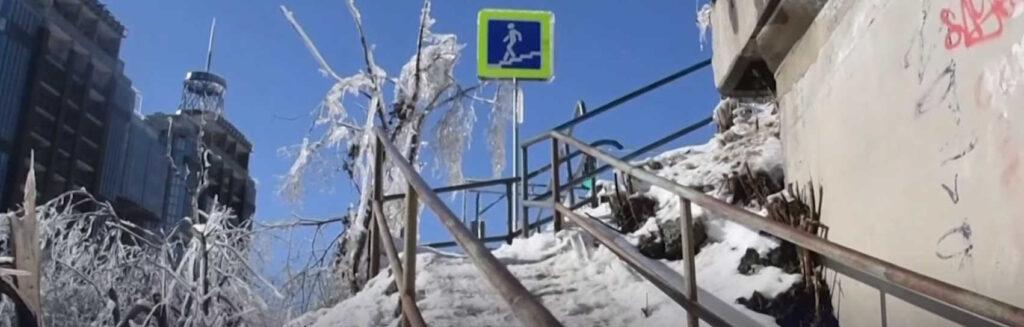 Ледяной шторм вПриморье оставил без света итепла тысячи человек. Введен режимЧС