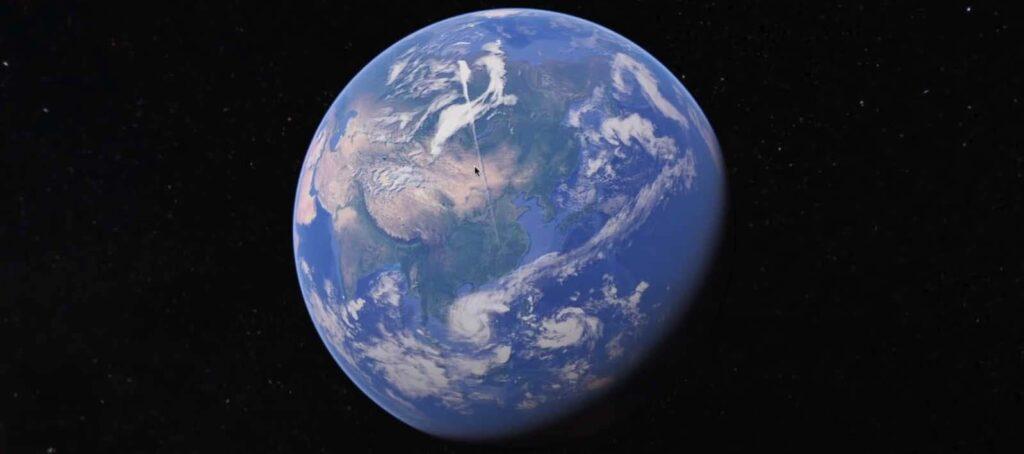 Огромный странный прямой след обнаружили над Землей