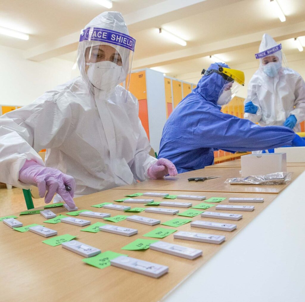 Испанские ученые создали устройство для обнаружения коронавируса ввоздухе