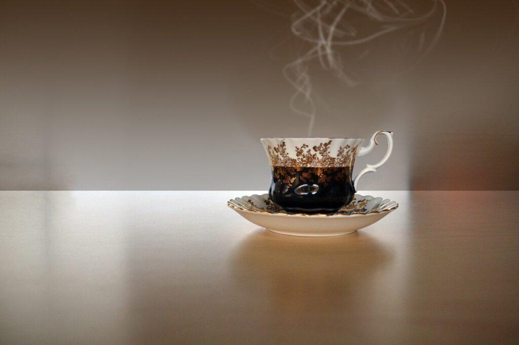 Японские ученые установили, что компоненты чая могут подавлять коронавирус