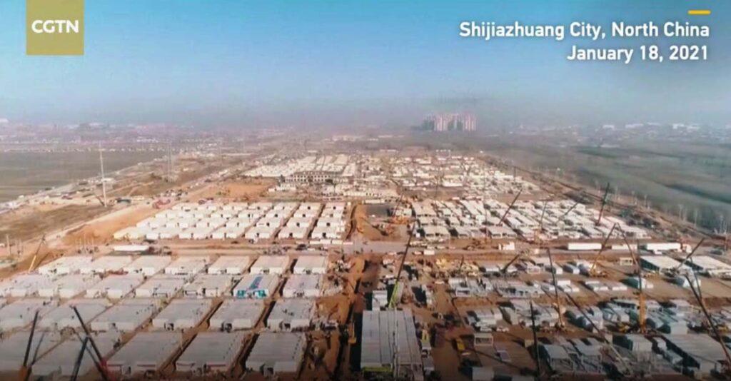 ВКитае задве недели строят огромный карантинный центр для больных коронавирусом