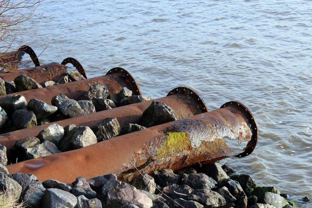 Разработан способ очистки сточных вод отмикропластика
