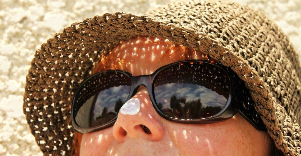 Старый противосолнечный крем может спровоцировать рак