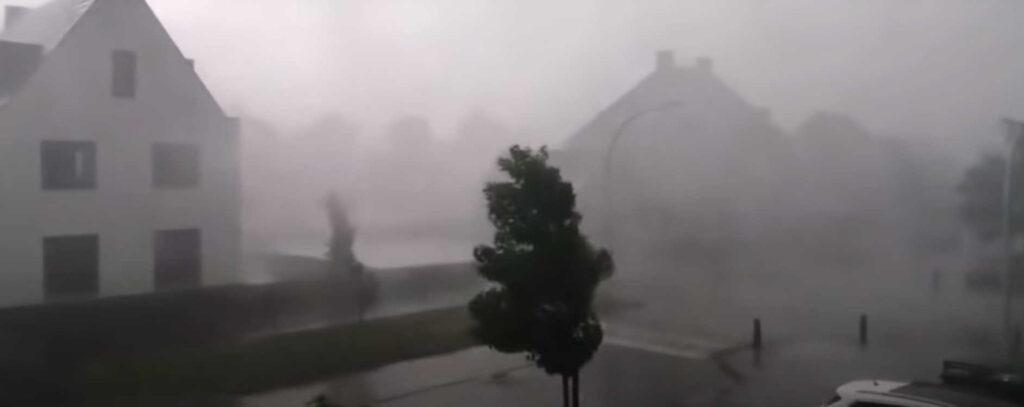 ВГермании прошел градовый шторм. Ранены 5 человек